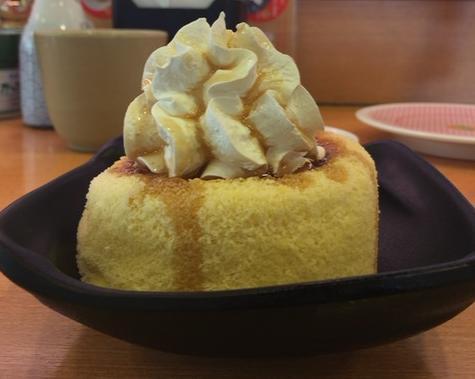 かっぱ寿司の「まるごとシフォンケーキ」が正直微妙【感想・カロリー】