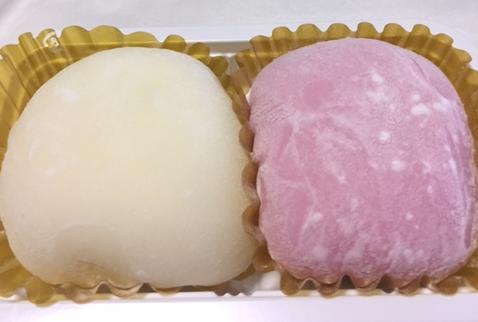 迎春 もちとろ紅白(セブンイレブン)「シンプルなクリーム大福」【感想・カロリー】