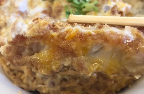 かつやで「カツ丼(梅)」と「とん汁(小)」を食べてみた「安くて美味い!」【感想】