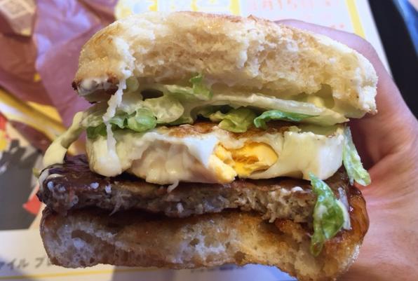 てりたまマフィン(朝マック)を食べてみた「見た目が美しい」【感想・カロリー】