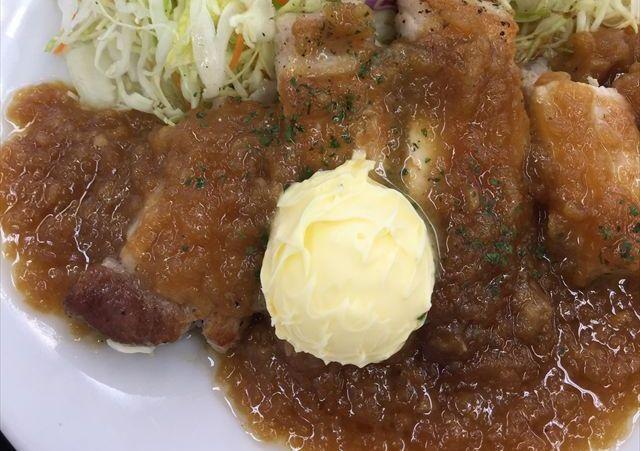 松屋の「厚切りポークソテー定食」を食べてみた【感想・カロリー】