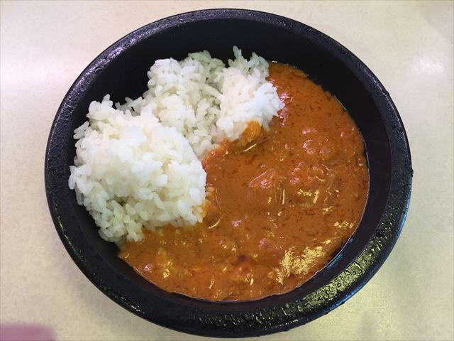 はま寿司のTOKYO黒カレーとバターチキンカレーを食べ比べ!【感想・カロリー】