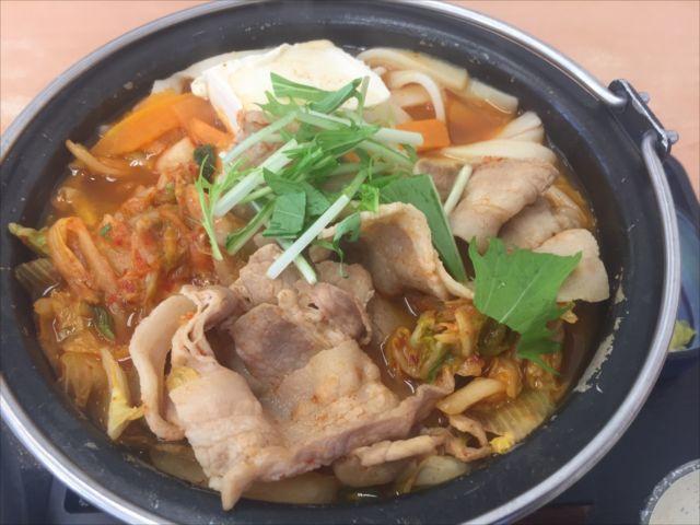 吉野家の「鬼辛豚チゲ鍋膳」を食べてみた「辛すぎ注意」【感想・カロリー】