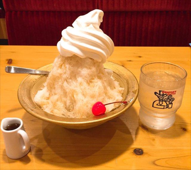 コメダ珈琲のカキ氷「シロノワール氷」を食べてみた【感想・カロリー】
