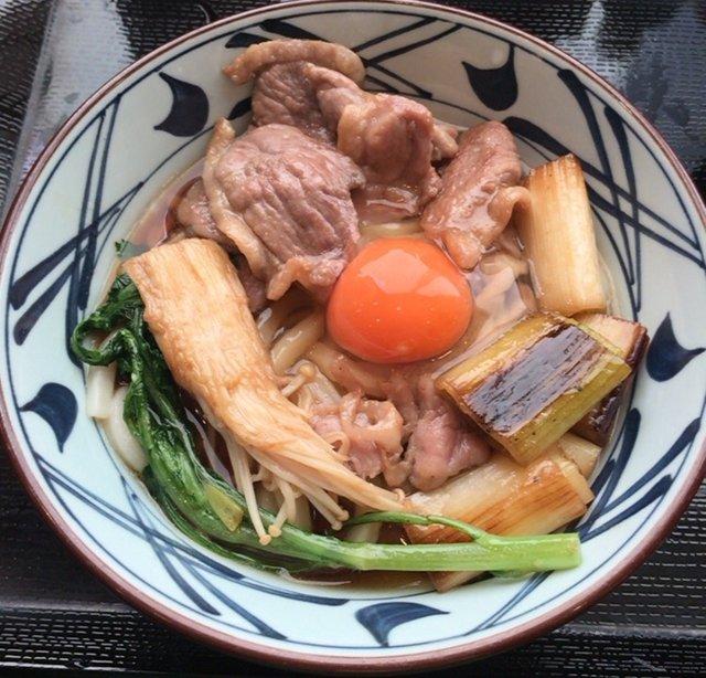 丸亀製麺の「鴨すきうどん」を食べてみた【感想・カロリー】